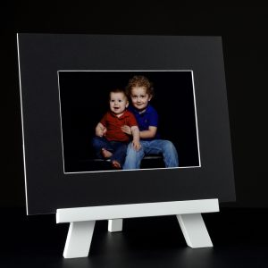 Image art mount with portrait easel