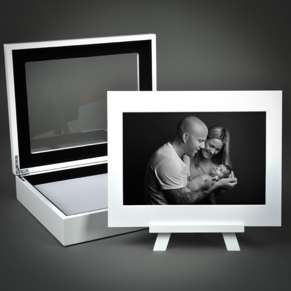 Deluxe High Gloss Portrait Box with Image Art Mount Easel