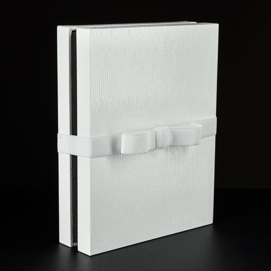 Mini Portrait Box 6 x 8